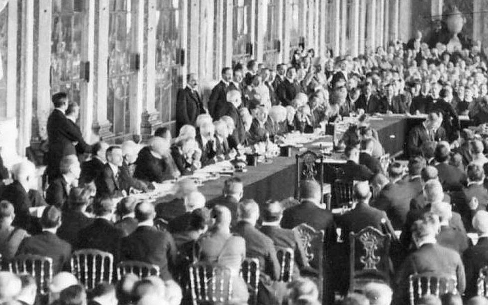 Paris Peace Conference - 1919 - and T E  Lawrence